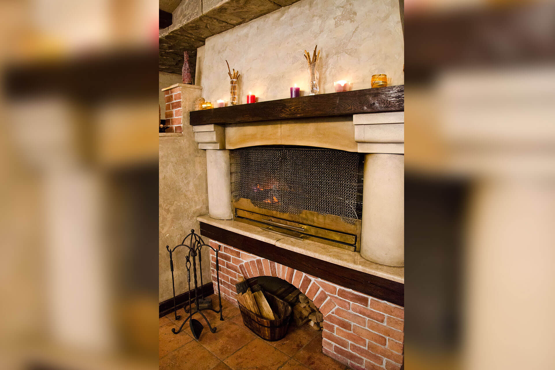 Fireplace hall 6
